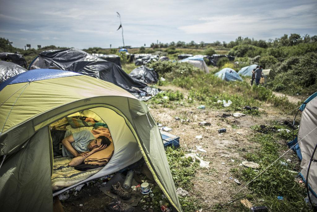FRANCE CALAIS MISSION MEDECINS DU MONDE